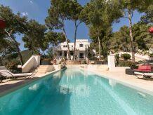 Villa Ibiza style villa 250