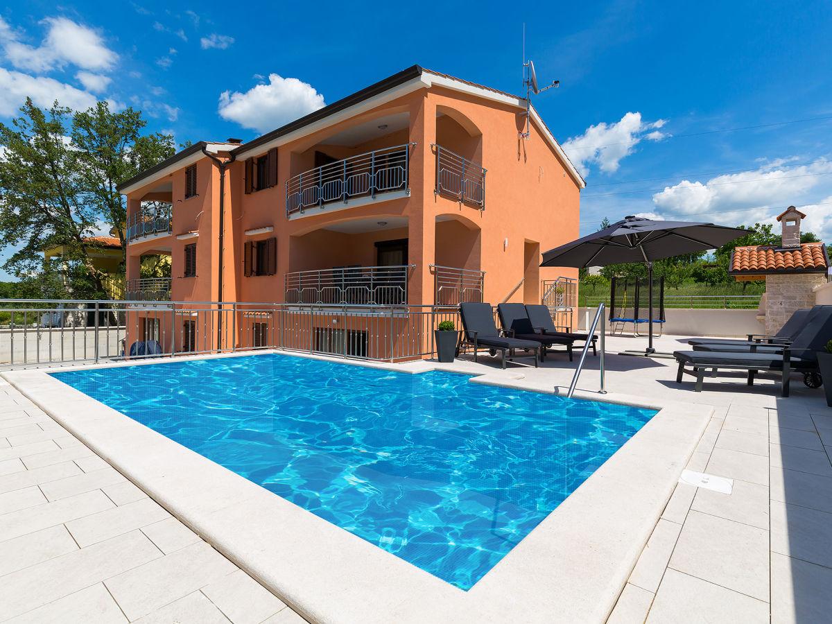 Villa Mirjana, Porec, Firma Istra Expert by Exoriens d.o.o. - Frau ...