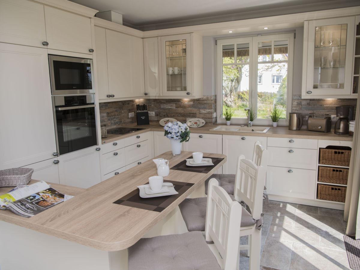 ferienhaus reddehus insel r gen herr reinhard holewa. Black Bedroom Furniture Sets. Home Design Ideas
