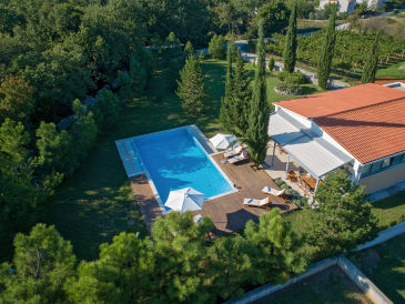 Ferienhaus Breg Villa
