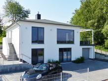 Ferienhaus Elegante Ferienvilla am Schmachter See