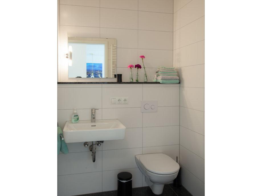 ferienwohnung freiburg design appartement iii freiburg schwarzwald frau britta hochstrat. Black Bedroom Furniture Sets. Home Design Ideas