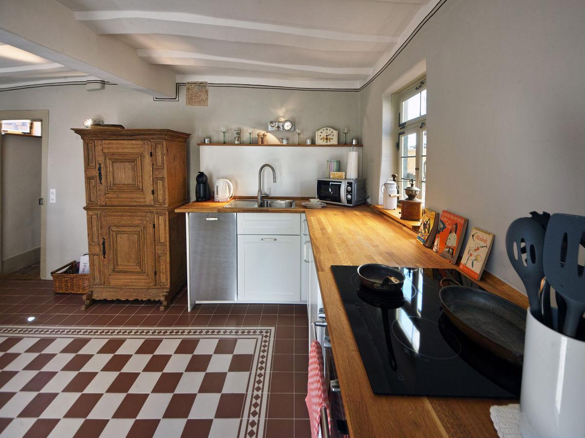 ferienwohnung anno 1728 wiesbaden familie juliane und martin seibert. Black Bedroom Furniture Sets. Home Design Ideas
