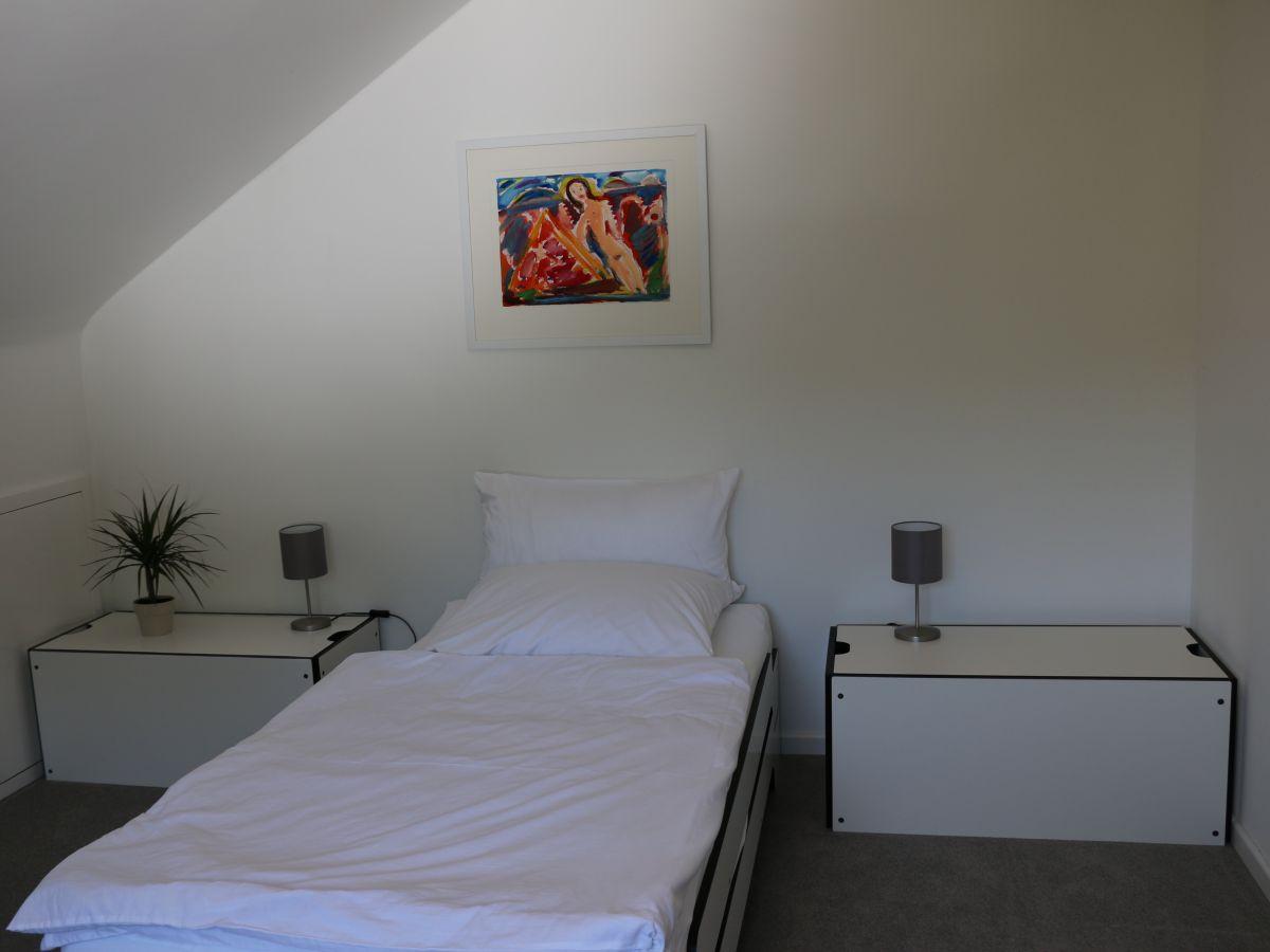 ferienwohnung m ller friedrichshafen frau renate m ller. Black Bedroom Furniture Sets. Home Design Ideas