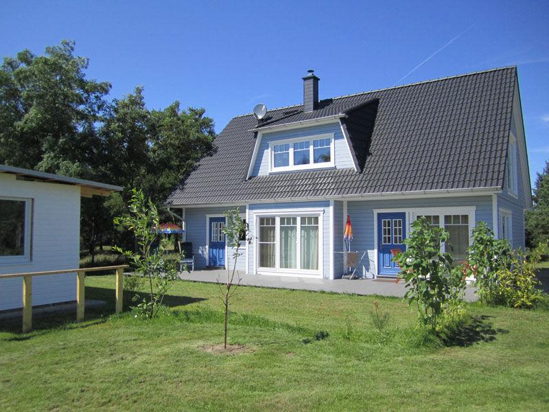 Ferienwohnung Lotte im Haus LieseLotte am Meer