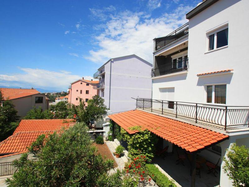 Holiday apartment Tomašić