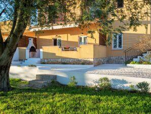 Familien-Ferienwohnung mit Garten und Terrasse