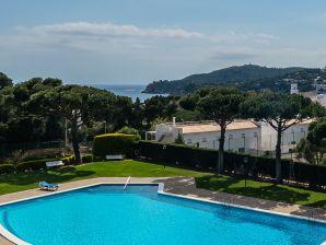 Ferienwohnung AV-1 mit tollem Ausblick und Pool in Calella