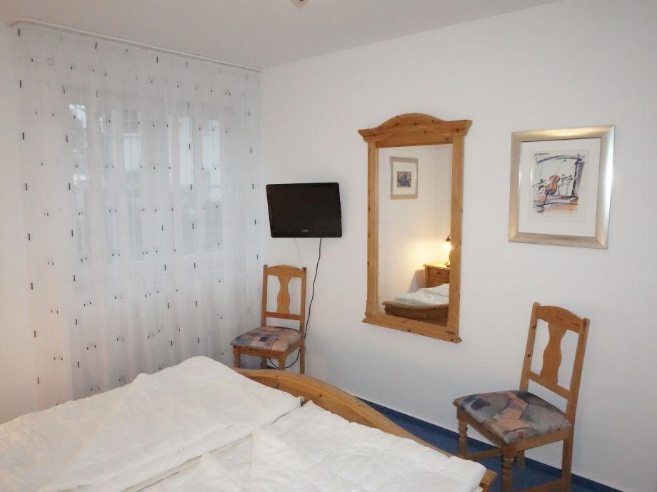 ferienwohnung granitz r gen herr friedrich pikzak. Black Bedroom Furniture Sets. Home Design Ideas
