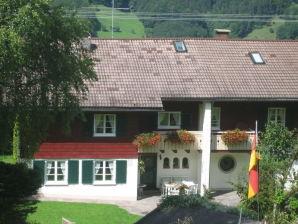 Ferienwohnung Landhaus-Theurer 1 Gartengeschoss