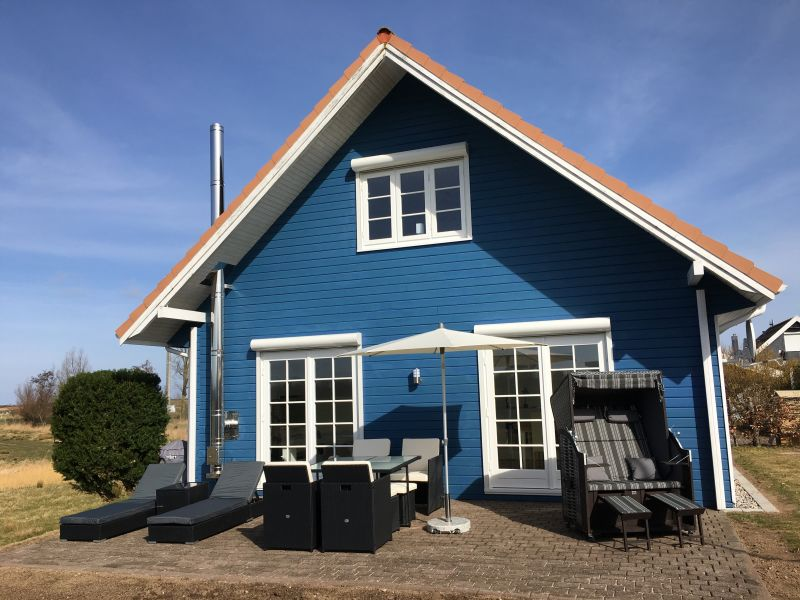 """Holiday house Luxury holiday home """"Traum in Blau"""""""