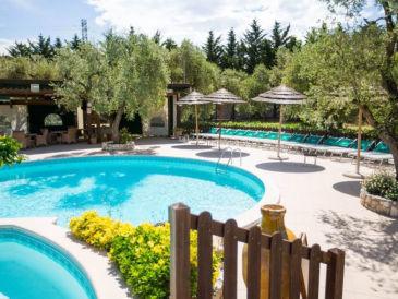 Ferienhaus Residence Padre Pio (mit Pool/Restaurant)