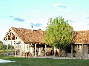 Landhaus Mas d'Ourbise