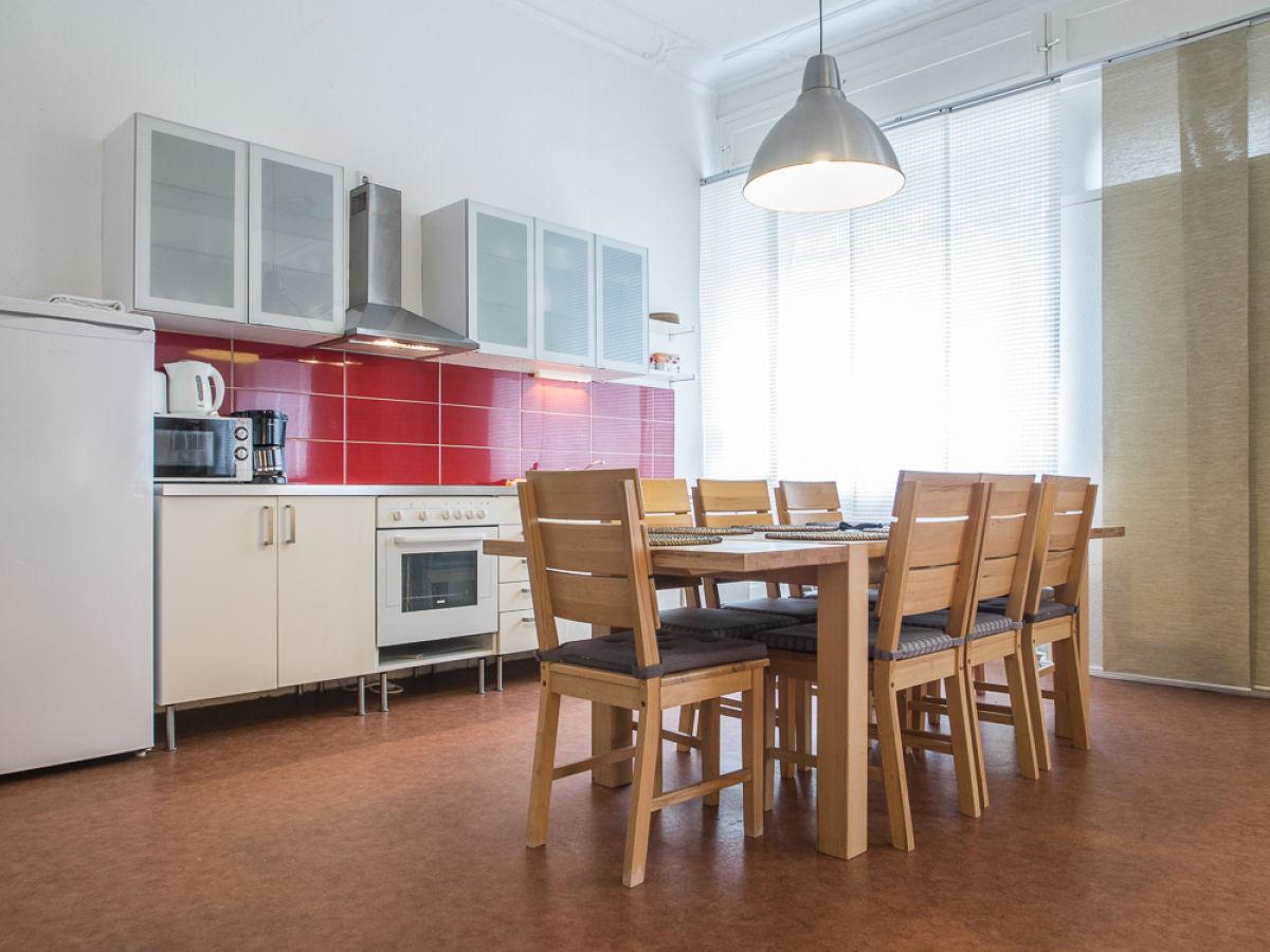 ferienwohnung neue mitte 2 berlin innenstadt wedding firma helga und edzard jan en gbr. Black Bedroom Furniture Sets. Home Design Ideas