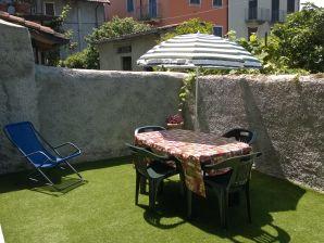 Holiday apartment B-Giardino at Residenza Silvana