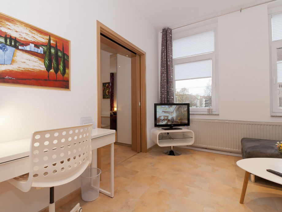 wohnzimmer hannover wohndesign und inneneinrichtung. Black Bedroom Furniture Sets. Home Design Ideas