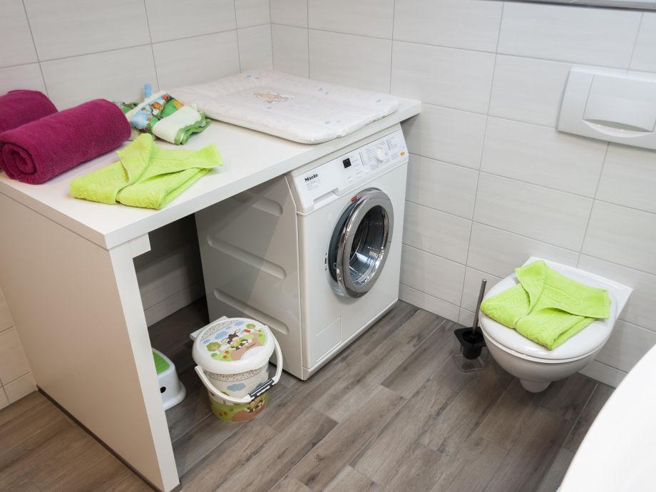 wickelauflage waschmaschine wickelaufsatz kind und raum. Black Bedroom Furniture Sets. Home Design Ideas