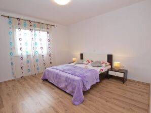 Ferienwohnung Holiday Apartment Mihatovic No.4