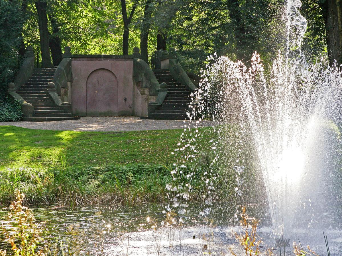 schlosspark biesdorf