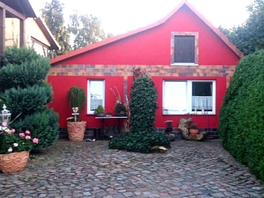 ferienwohnung meesiger ii am see mecklenburgische schweiz firma ferienwohnungen. Black Bedroom Furniture Sets. Home Design Ideas