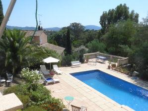 Ferienwohnung in der Villa romantique
