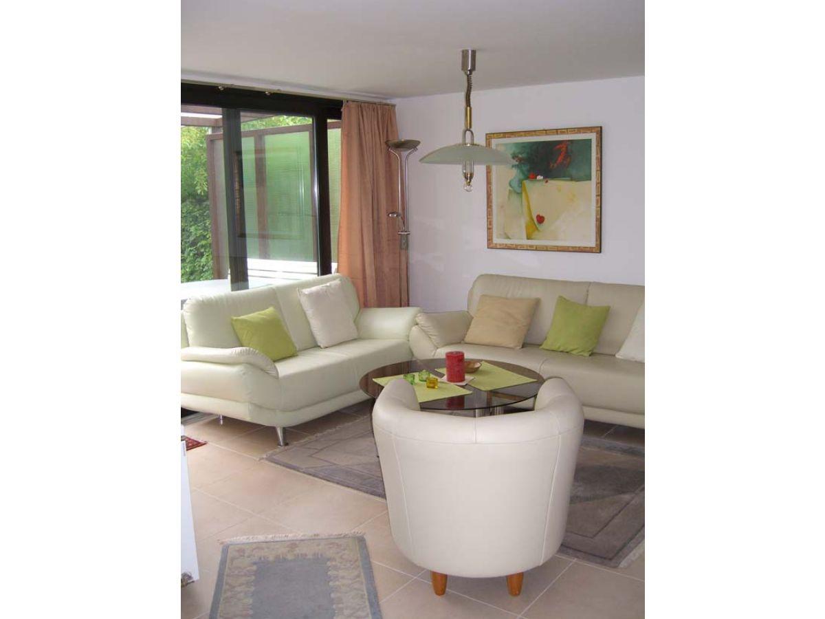 ferienwohnung meeuwenstein 59 zeeland brouwershaven firma zeeland vakantiewoningen frau. Black Bedroom Furniture Sets. Home Design Ideas