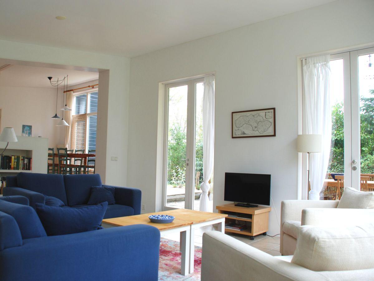 bungalow elzenmeet 7 zeeland renesse firma zeeland vakantiewoningen frau atie oder simone. Black Bedroom Furniture Sets. Home Design Ideas