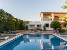 Villa Wicker