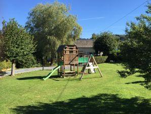 Cottage La Petite Maison Maqua - 8 Personnes