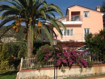 Alessia Ferienwohnung in Villa