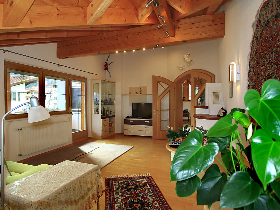 ferienwohnung majerotto mieminger plateau frau astrid. Black Bedroom Furniture Sets. Home Design Ideas