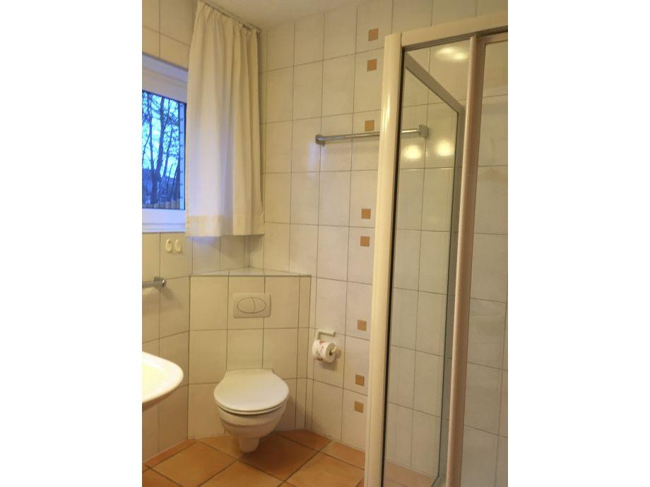 Ferienwohnung hinterm deich kappeln schlei ostsee frau for Badezimmer ausstattung