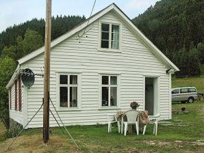 Ferienhaus Hafslo, Haus-Nr: 23255