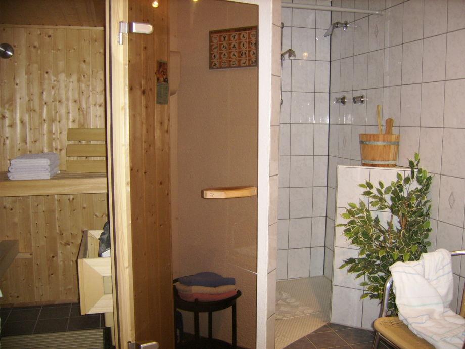 ferienwohnung im ferienhaus schlachter bayern allg u westallg u oberreute frau margot. Black Bedroom Furniture Sets. Home Design Ideas
