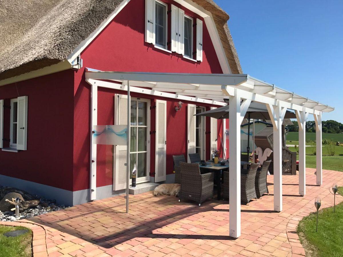 ferienhaus reethaus schwarze perle ostsee firma lawieka. Black Bedroom Furniture Sets. Home Design Ideas