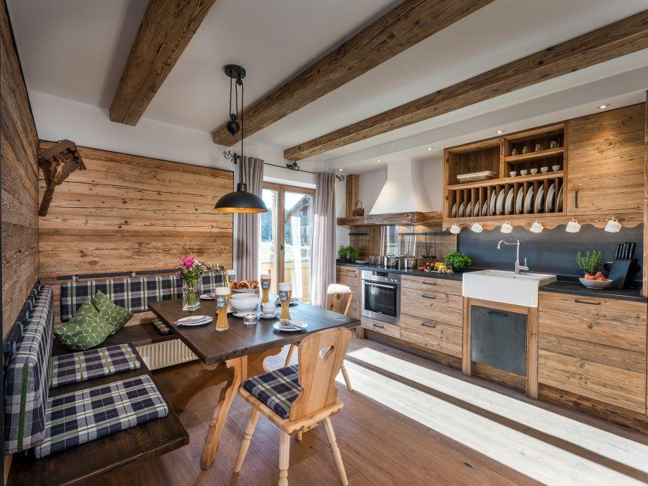 Küche aus Altholz