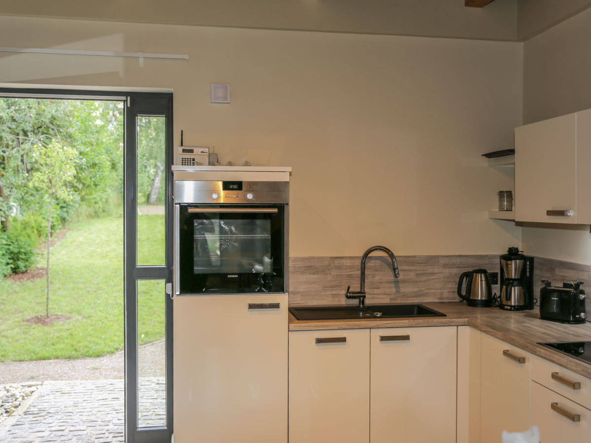 ferienhaus gro e sommerliebe an der m ritz mecklenburger seenplatte waren m ritz firma k. Black Bedroom Furniture Sets. Home Design Ideas