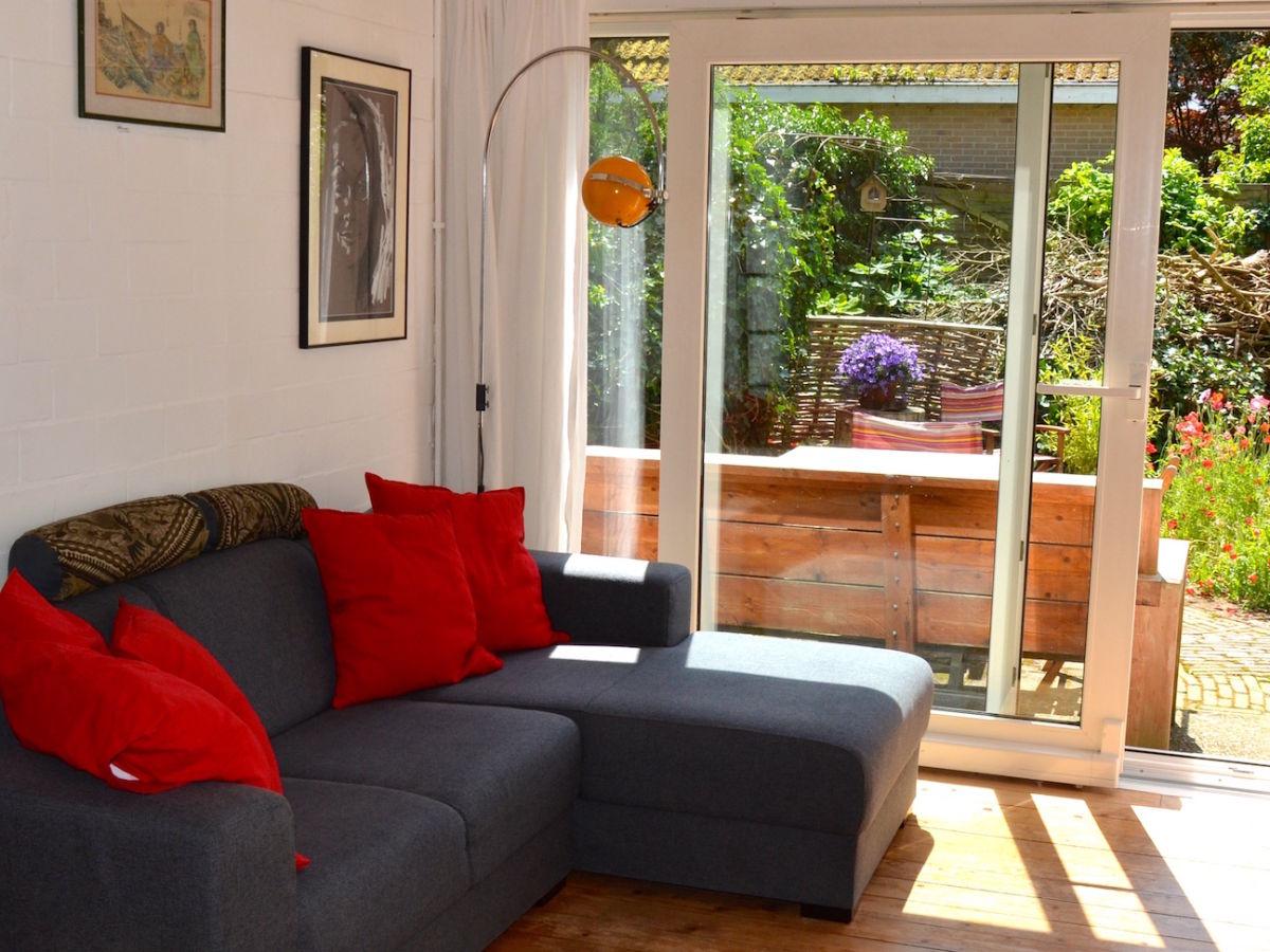 Ferienwohnung het atelier bergen holland firma b home with us frau brigitte zinkl - Fernseher wohnzimmer ...