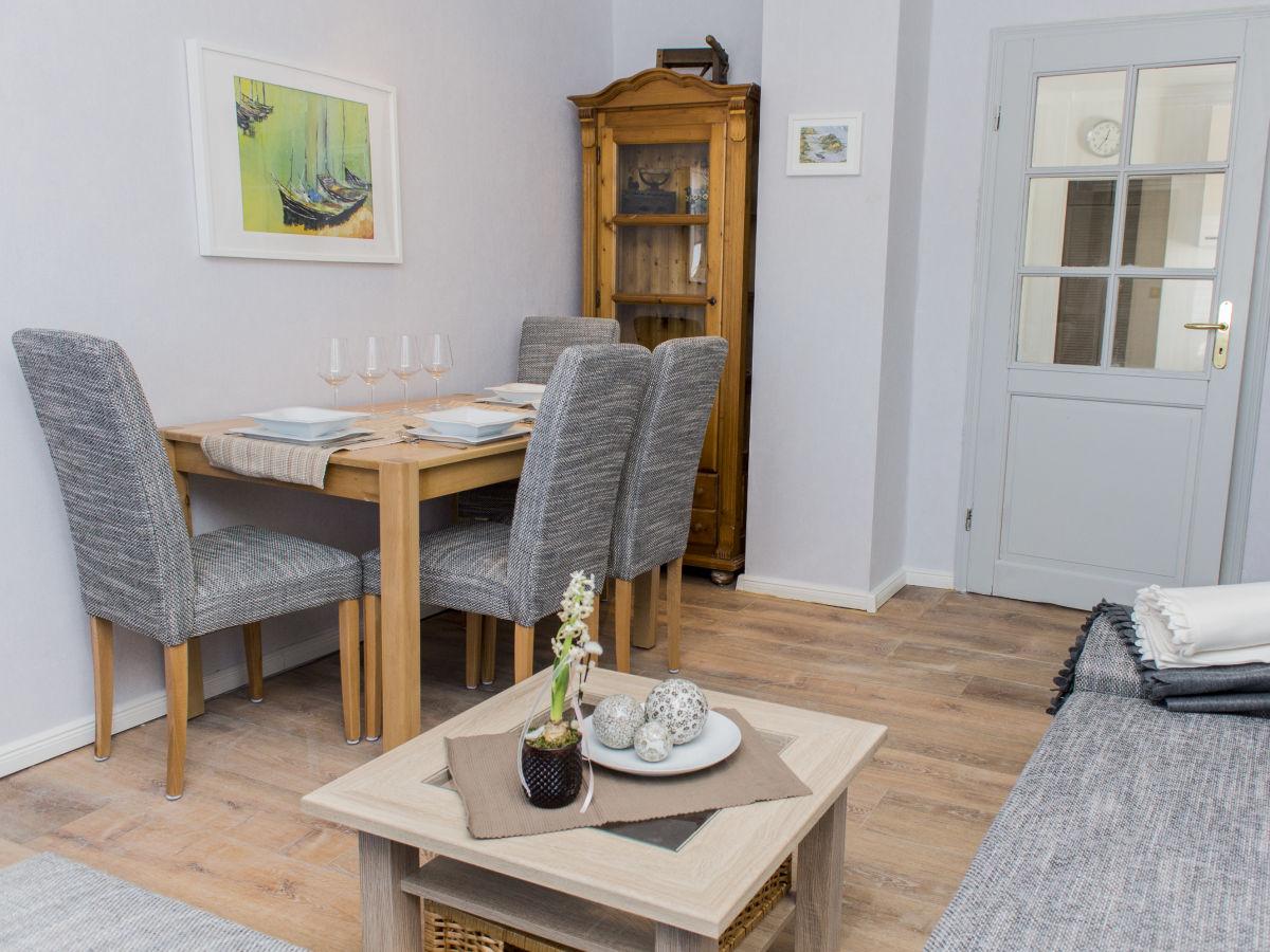 ferienwohnung mit sauna und kosmetikstudio nordeifel. Black Bedroom Furniture Sets. Home Design Ideas