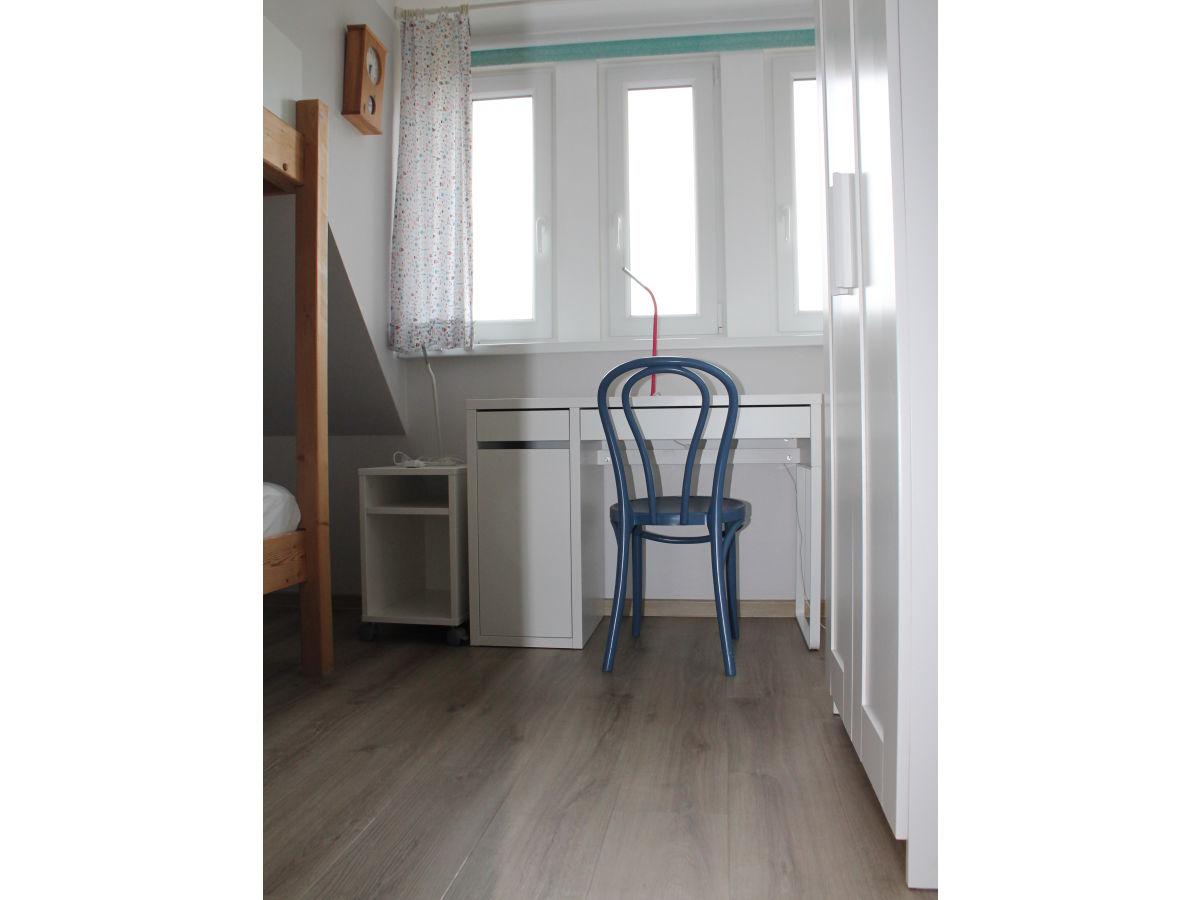 ferienhaus st nkel wyk auf f hr firma m fleischhauer und m st nkel ferienhausvermietung. Black Bedroom Furniture Sets. Home Design Ideas
