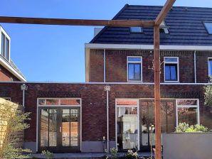 Ferienhaus Hip Overveen