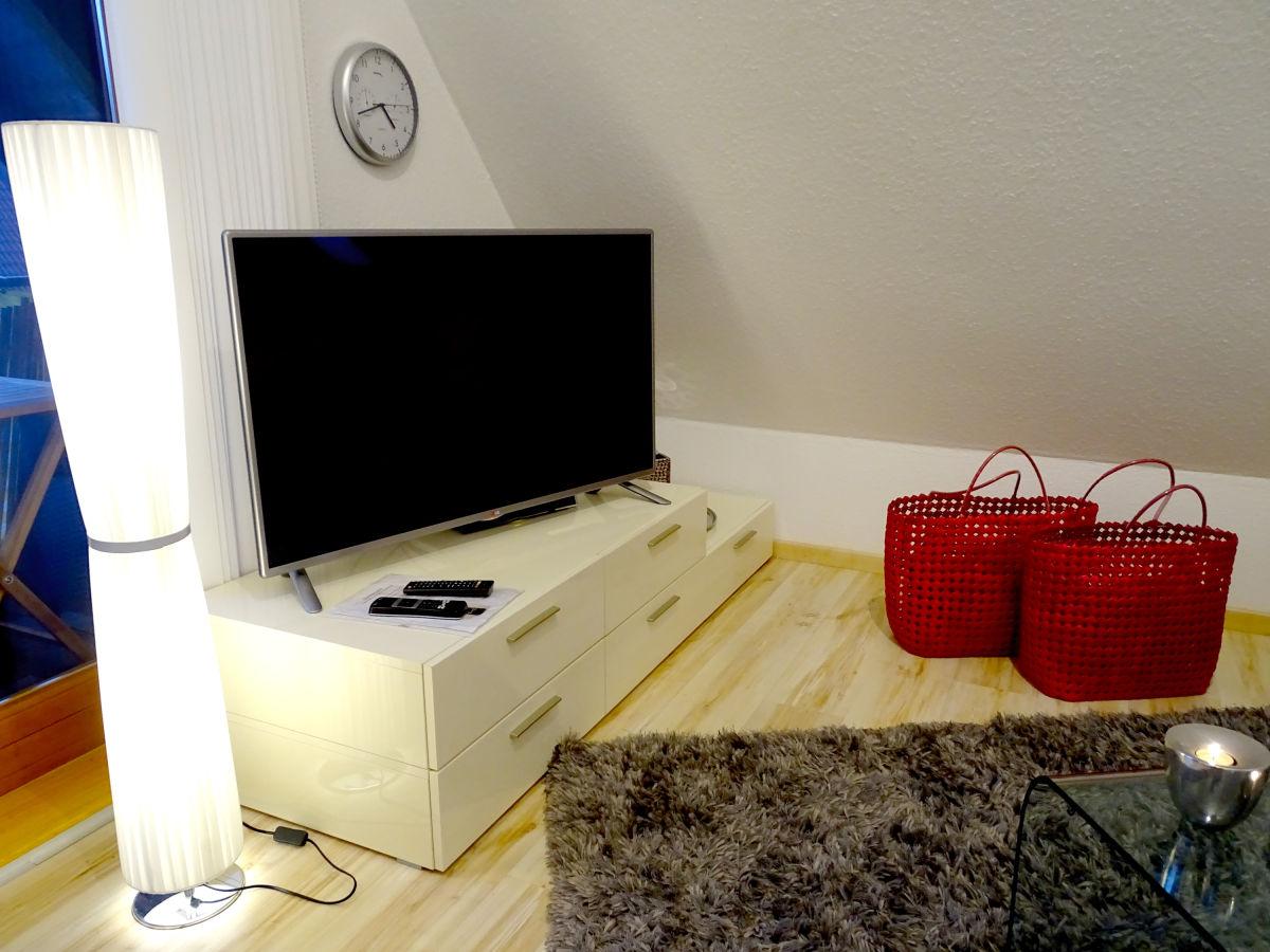 Ferienwohnung seeperle 1 bodensee herr maximilian schiller - Fernseher wohnzimmer ...