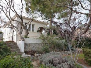 Villa mit großem Garten