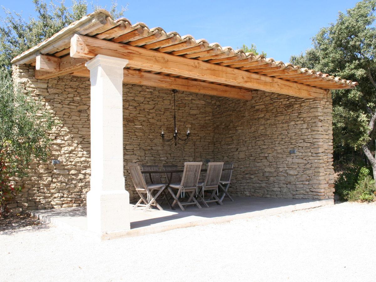 villa beauregard provence frau hanneke bien. Black Bedroom Furniture Sets. Home Design Ideas