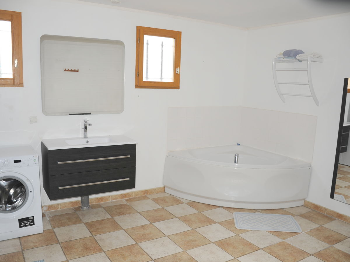 ferienhaus le lavandou provence firma frau frau ilona. Black Bedroom Furniture Sets. Home Design Ideas
