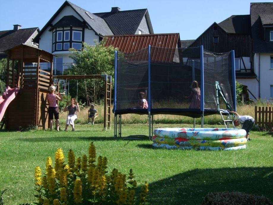 Hauseigener Spielplatz