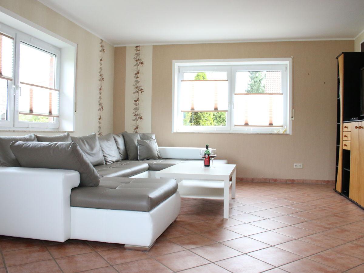 ferienhaus casa moderna vulkaneifel familie bianca und. Black Bedroom Furniture Sets. Home Design Ideas