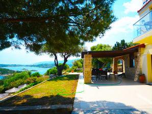 Ferienwohnung Villa over the Blue Lagoon