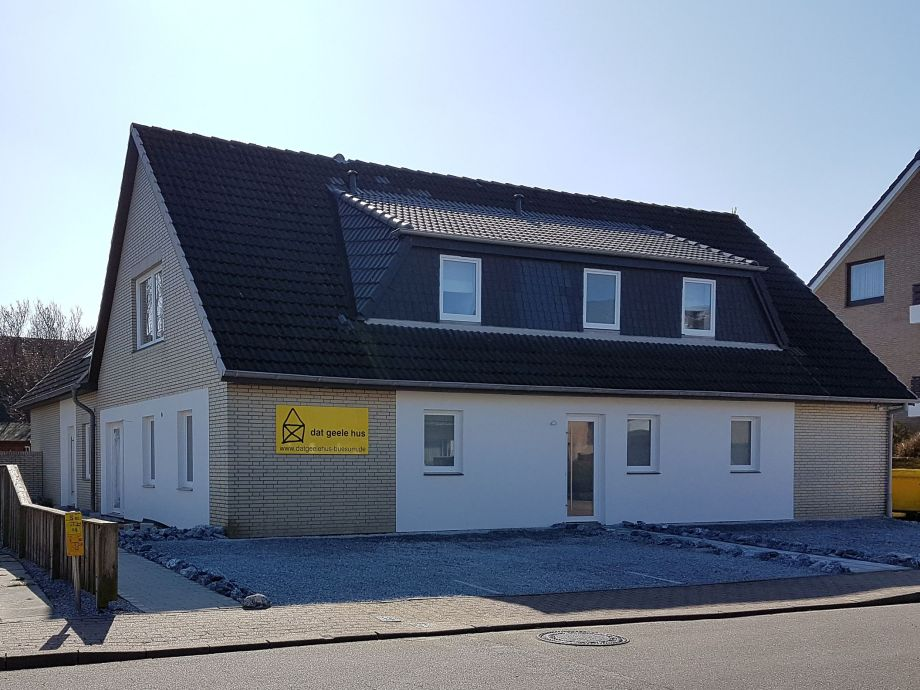 ferienwohnung dat geele hus 6 b sum firma holmer dreessen gmbh frau walzer. Black Bedroom Furniture Sets. Home Design Ideas