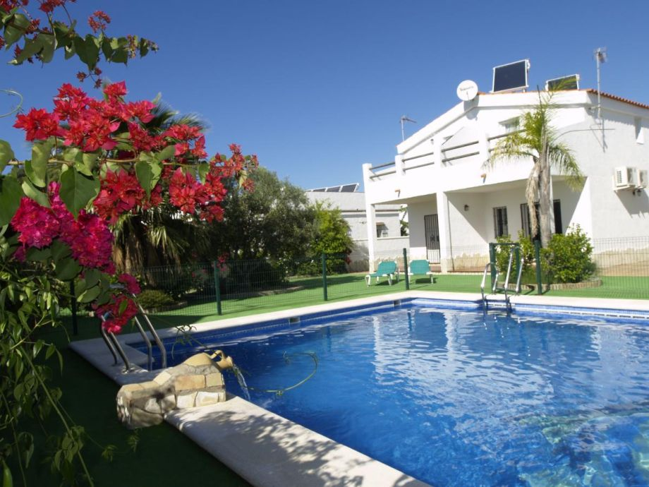 Casas Los Olivos, 6 houses with communal pool